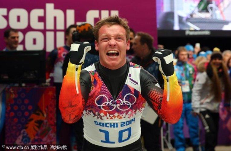 [高清组图]无舵雪橇男子单人赛:罗赫成功卫冕