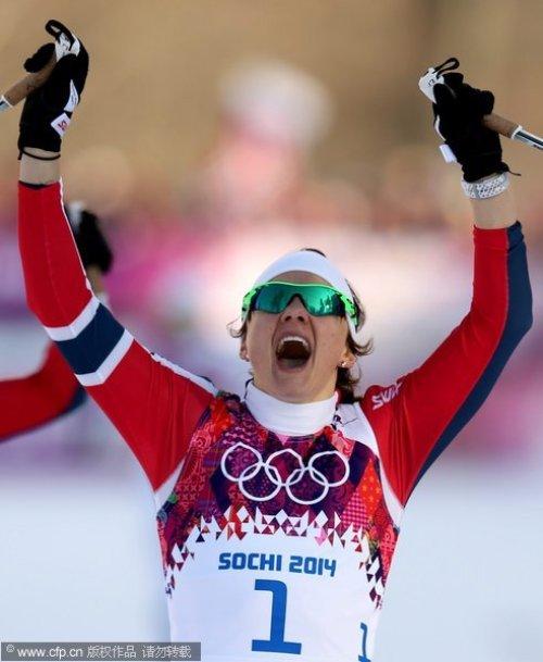 [高清组图]越野滑雪女子自由式竞速赛 法拉夺冠