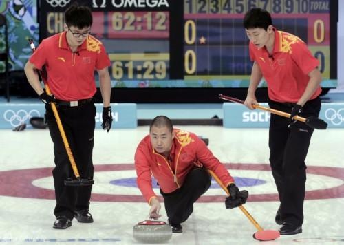 [高清组图]男子冰壶循环赛 中国5-4瑞士获三连胜