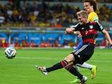 [世界杯]许尔勒凌空抽射破门当选今日最佳进球