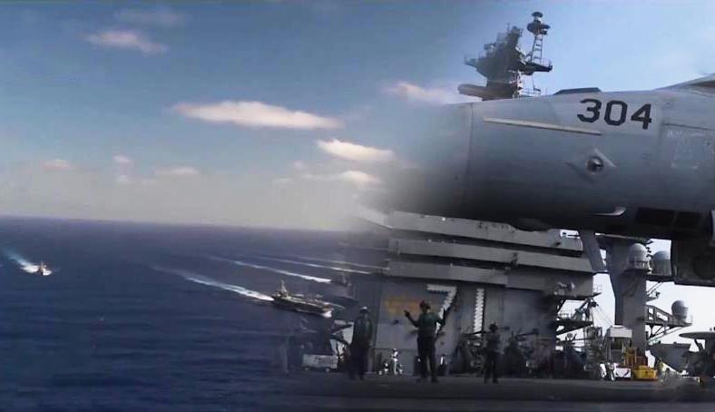 《今日关注》 20200701 双航母亚太演习 关岛练兵 疫情中美军为何动作频频?