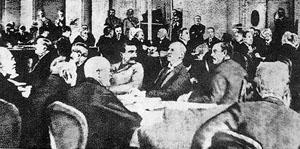 """1919年在巴黎召开""""和平会议"""""""