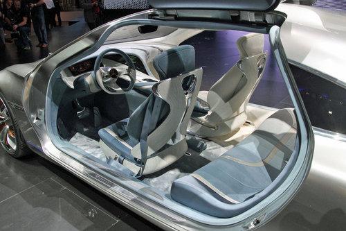 奔驰F125概念车正式发布