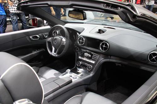 全新一代SL350跑车上市