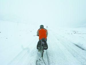 下雪天,更是对人意志的强大考验