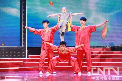 《视频嘹亮》新春特别节目专场回声柱子软童星包图片