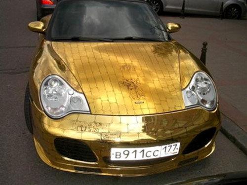 黄金版保时捷911车型,改装者通过使用数十公斤黄金打造了这款高清图片