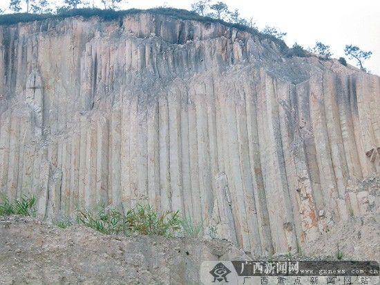 岑溪发现大型柱状节理地貌 形成约9000万年前(图)