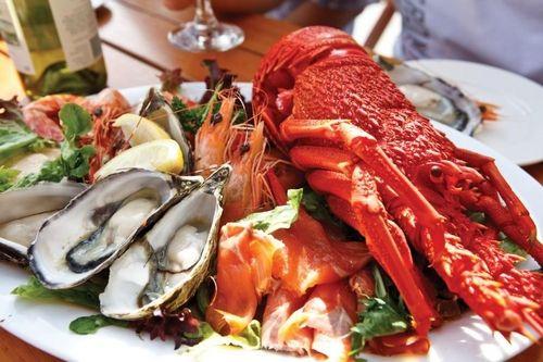 在澳大利亚,海鲜美食不仅是一道美味的菜肴,更是代表了澳大利亚当地的