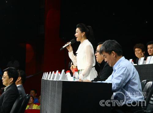 宋祖英示范演唱《浏阳河》