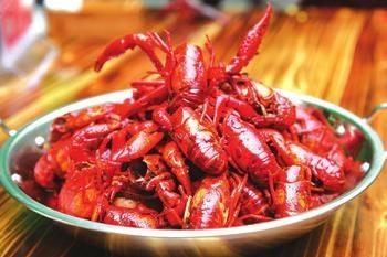 人气爆棚 成都小龙虾主题餐馆遍地开花