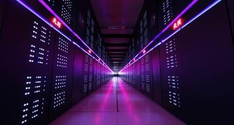"""中国""""天河二号""""成为全球最快超级计算机"""