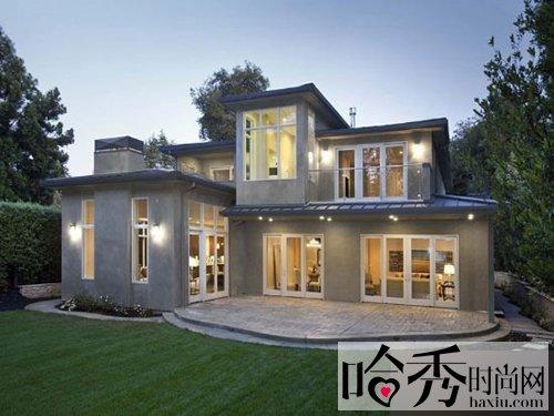 这款两层的小风格外观简约自然,没有装饰的v风格和多余.别具别墅j的别墅图片