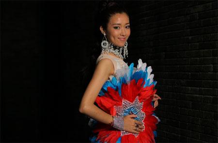 《中国梦之声》10强争霸战 央吉玛邓小坤热舞