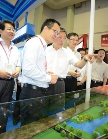 促进产业结构升级 上海首个金融创新研究院正式揭牌