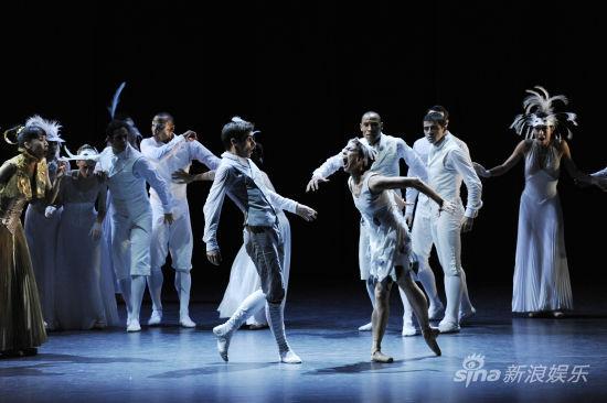 《天鹅湖》/蒙特卡洛芭蕾舞团《天鹅湖》