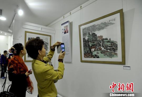 """""""日新月异——中国画'当代气象'展""""现场。 安源 摄"""