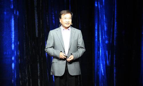 渐冻人患者,身残志坚的青年设计师王甲,反乙肝歧视斗士雷闯,中国首位