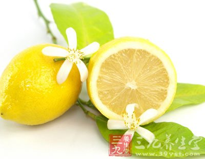 柠檬不能和海味一起吃