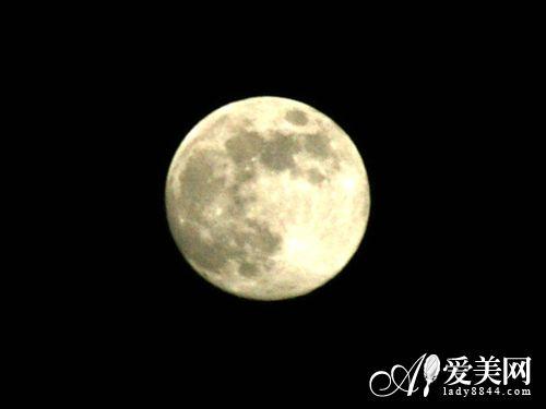 依月亮变化周期