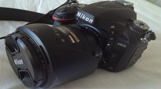 价格超过一万元的尼康D600相机