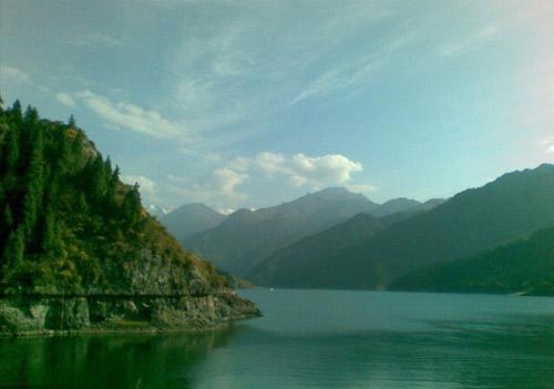 共筑中国梦  互动交流  美丽新疆,魅力天池,天池的自然景色,既具有