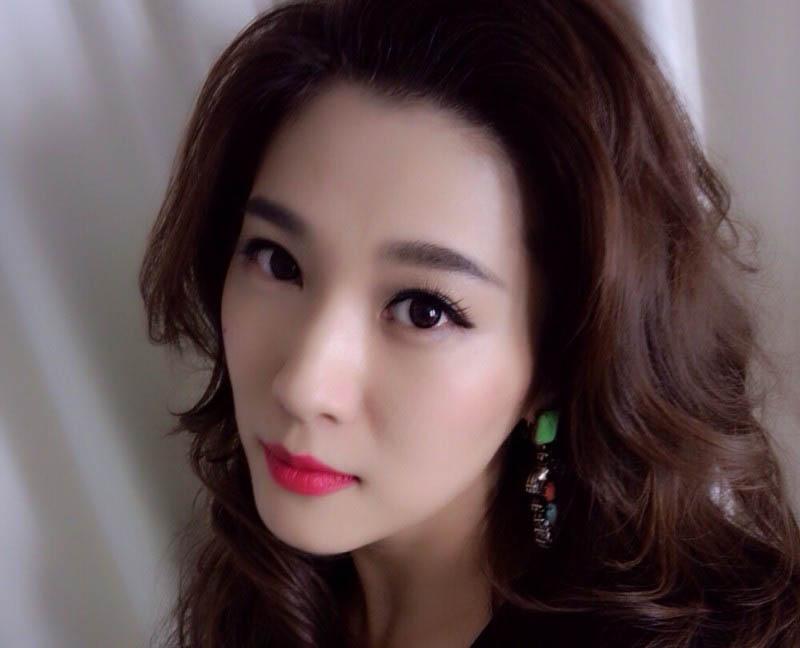 美女主播遭疯狂粉丝死亡威胁 粤语台