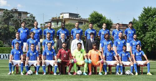 المنتخب الإيطالي لكرة القدم يسافر إلى البرازيل