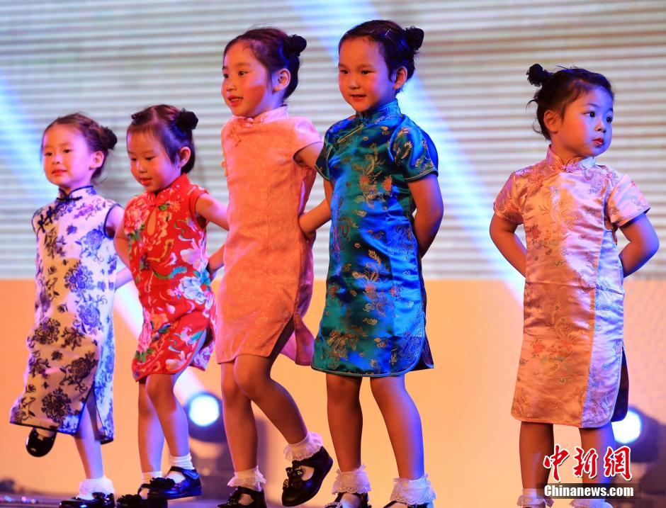 Shanghai has designated June 6th as Cheongsam day.