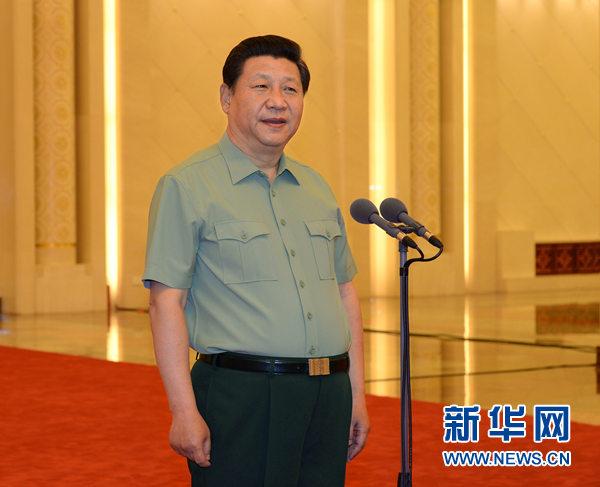 6月17日,中共中央总书记、国家主席、中央军委主席习近平在北京接见空军第十二次党代会代表,并发表重要讲话。记者 李刚 摄