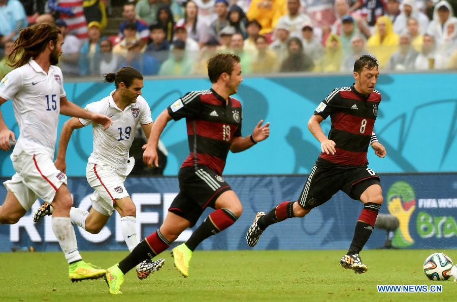 Сборная Германии обыграла команду США