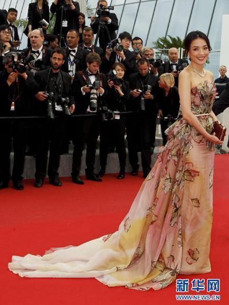 华语片天堂闭幕戛纳电影节亮相红毯夏洛的网中英双影星字幕电影图片