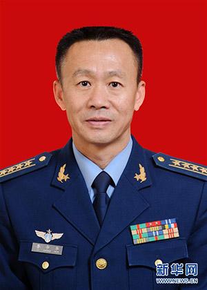 李中华,空军指挥学院原训练部副部长。