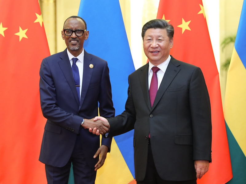 9月4日,国家主席习近平在北京人民大会堂会见卢旺达总统卡加梅。新华社记者 鞠鹏 摄