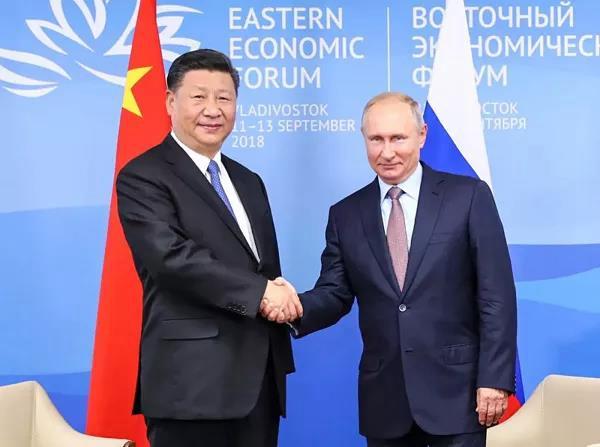 9月11日,国家主席习近平在符拉迪沃斯托克同俄罗斯总统普京举行会谈。新华社记者 谢环驰 摄