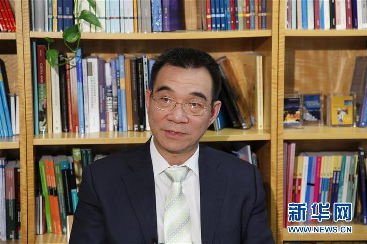 时任世界银行高级副行长、首席经济学家的林毅夫在世界银行接受新华社记者专访(2011年3月11日摄)。新华社记者 林煜 摄