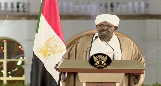 快讯!苏丹总统宣布国家进入紧急状态并解散政府