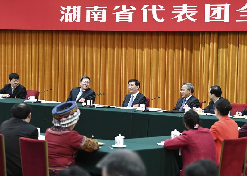 3月8日,中共中央政治局常委、中央书记处书记王沪宁参加十三届全国人大二次会议湖南代表团的审议。