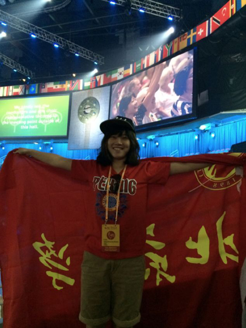 宋玺作为领唱 参加第八届世界合唱比赛