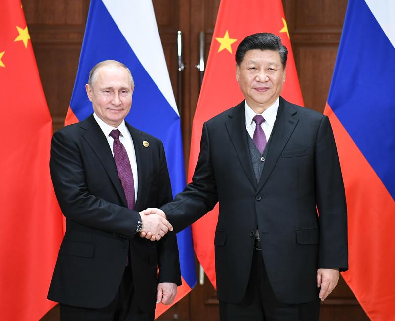 4月26日,国家主席习近平在北京友谊宾馆同俄罗斯总统普京举行会谈。