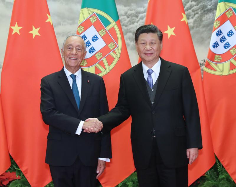 4月29日,国家主席习近平在北京人民大会堂同葡萄牙总统德索萨举行会谈。