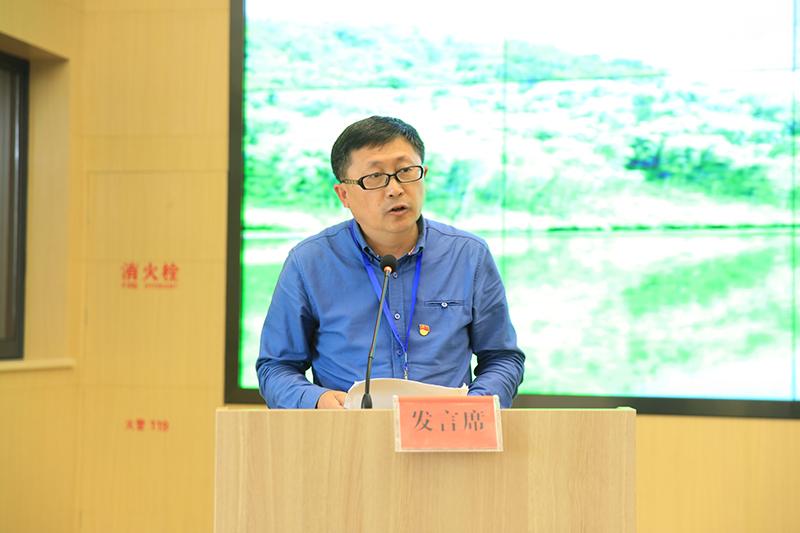 刘清泉代表第二组学员发言