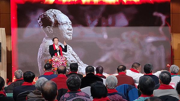 袁熙坤现场分享雕塑创作过程