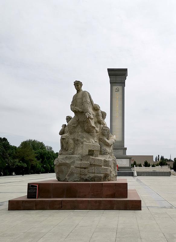 这是位于甘肃省张掖市高台县的中国工农红军西路军纪念碑(2019年8月20日摄)。新华社记者 赖向东 摄