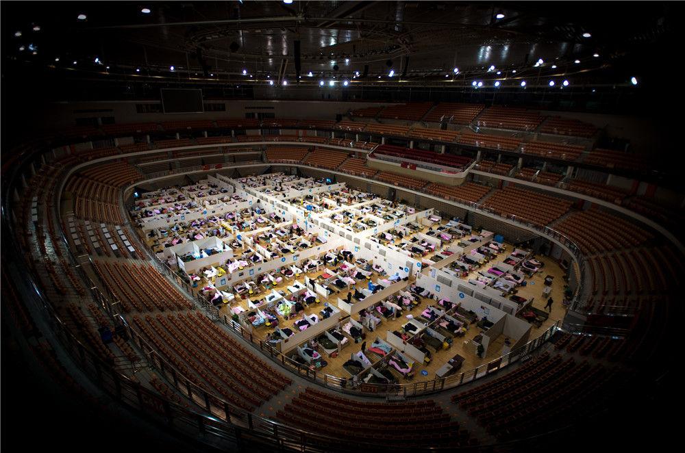 这是武汉体育中心方舱医院(2月17日摄)。新华社记者 肖艺九 摄