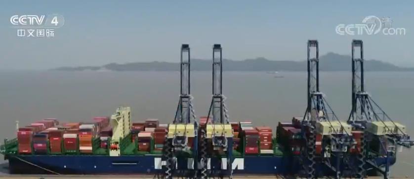 中国外贸逐步回稳 加快制定出台跨境服务贸易负面清单