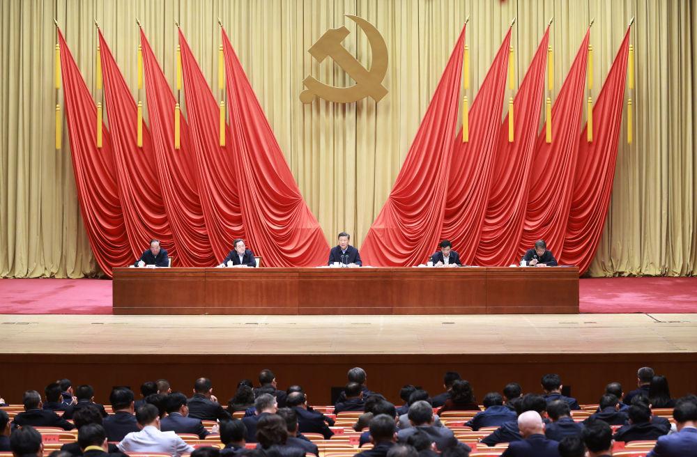 2020年10月10日,習近平在中央黨校(國家行政學院)中青年干部培訓班開班式上發表重要講話(新華社記者丁林 攝)