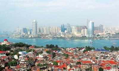 1988年初,又决定将辽东半岛和山东半岛全部对外开放.