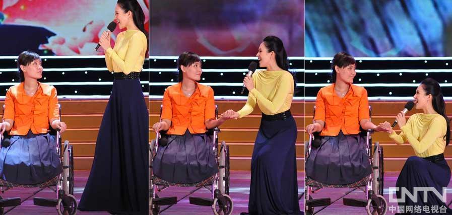 章子怡为最美女教师张丽莉献唱《春暖花开》