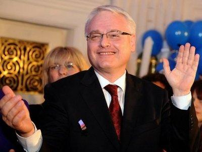 newly elected croatian president ivo josipovic sent new year greetings to chinese people